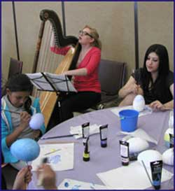 Gabriela Toro and her harp